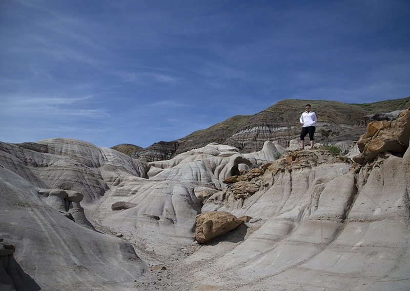 Hiking in Drumheller hoodoos