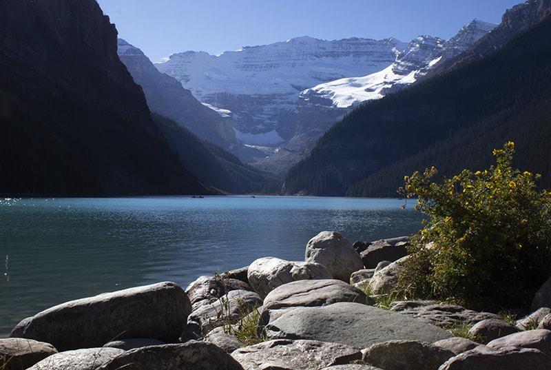 The iconic lake view at Lake Louise, Alberta