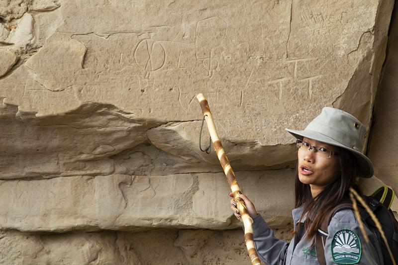 Rock Art Tour, Writing-on-Stone Provincial Park
