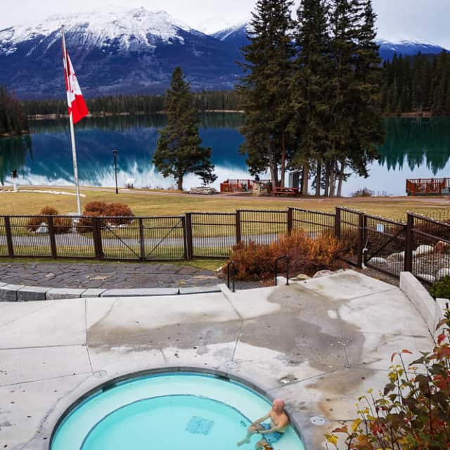 Jasper Park Lodge Pool