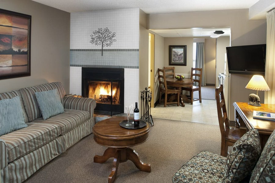 Maligne Lodge accommodations in Jasper