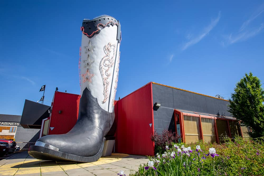 Giant Cowboy Boot in Edmonton, Alberta