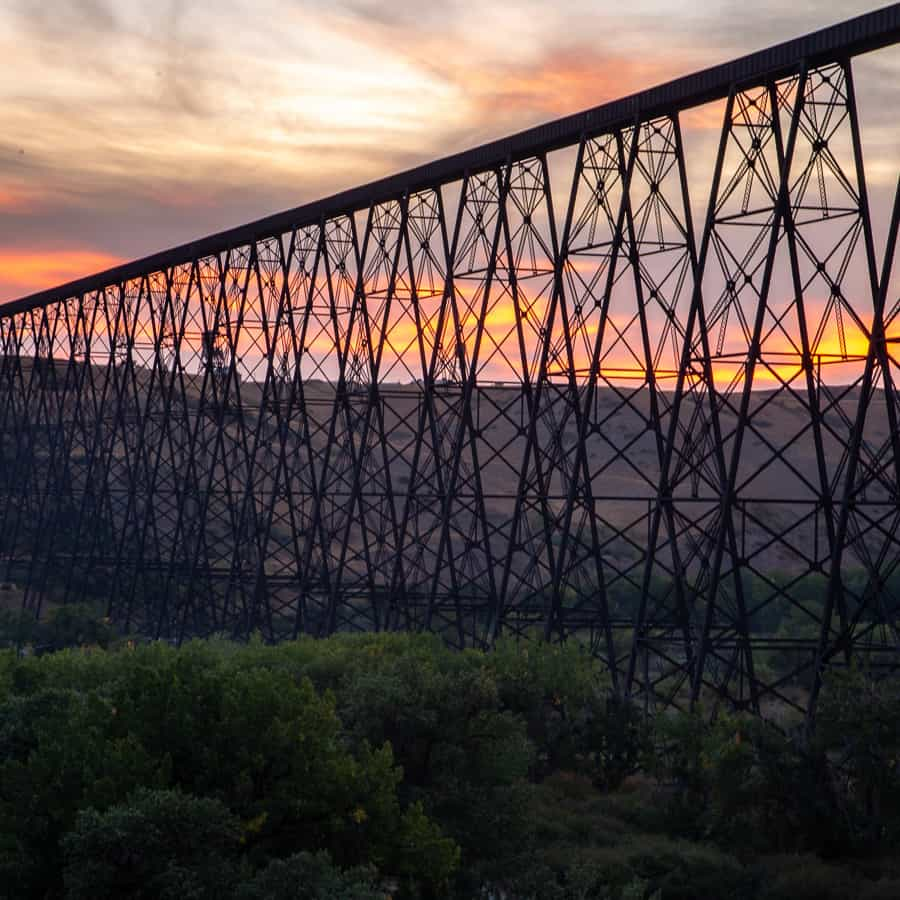 Complete Guide to Getting from Calgary to Lethbridge for 2021
