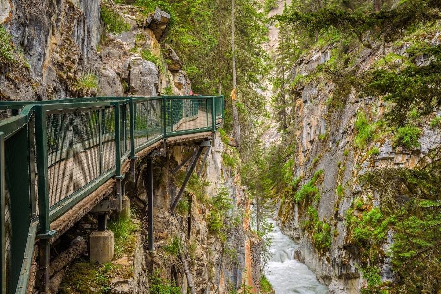 The trail at Johnston Canyon, Alberta