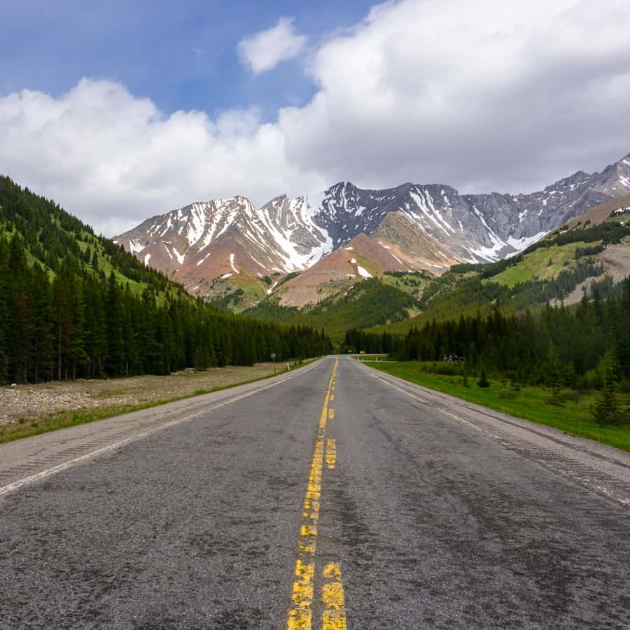 Complete Guide for Getting from Calgary to Kananaskis