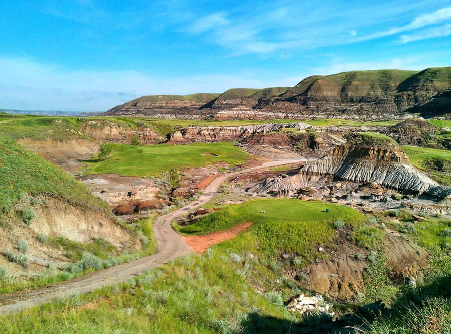Dinosaur Trail Golf Club =- Drumheller, AB