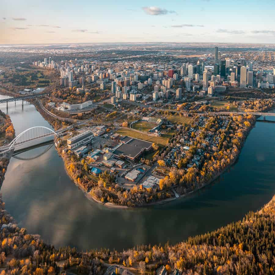 Where to Stay: Best Edmonton Hotels to Stay At in 2021