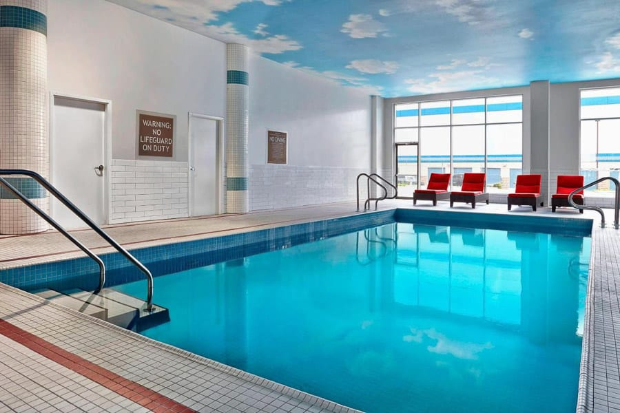The swimming pool at Four Points Sheraton Calgary Airport