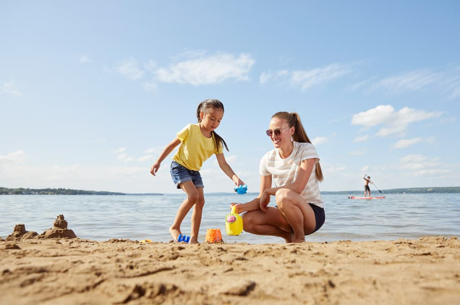 A popular day trip from Edmonton to is Sylvan Lake to have fun on the beach.