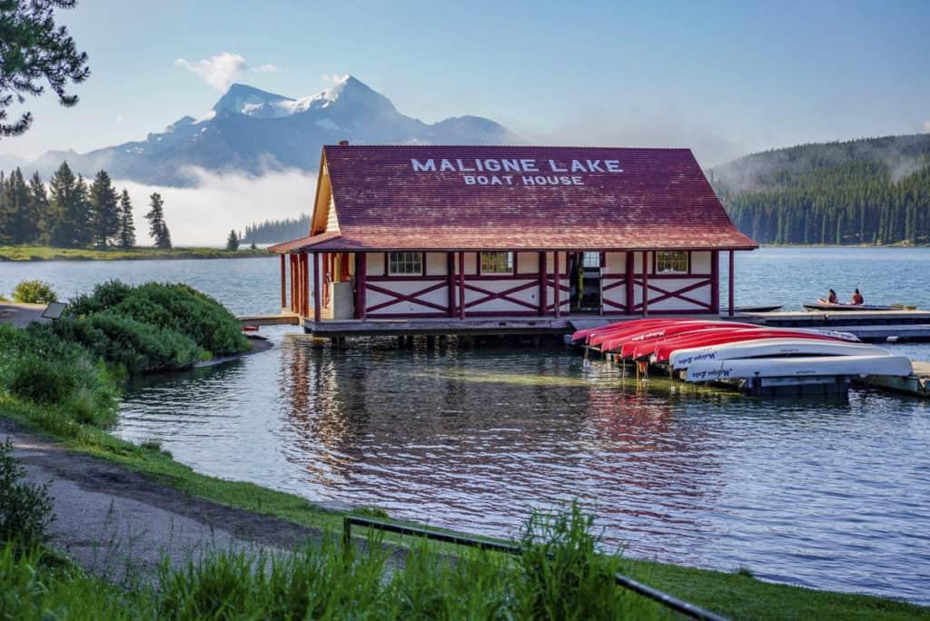 A view of Maligne Lake